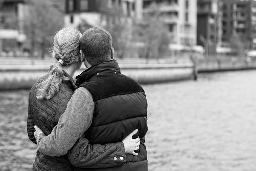couple hugging eachother